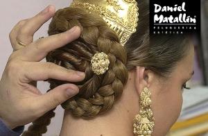 http://oferplan-imagenes.lasprovincias.es/sized/images/peinado-fallera-valencia-1-300x196.jpg