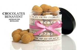 http://oferplan-imagenes.lasprovincias.es/sized/images/visita-fabrica-chocolates-benavent-12-300x196.jpg
